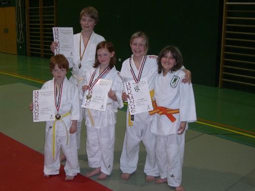 Die Nachwuchskids v.li.n.re: Marcel Boelsch, Dominik Jäger, Dana Schimpf, Lisa Michelfelder und Mandy Steinetz
